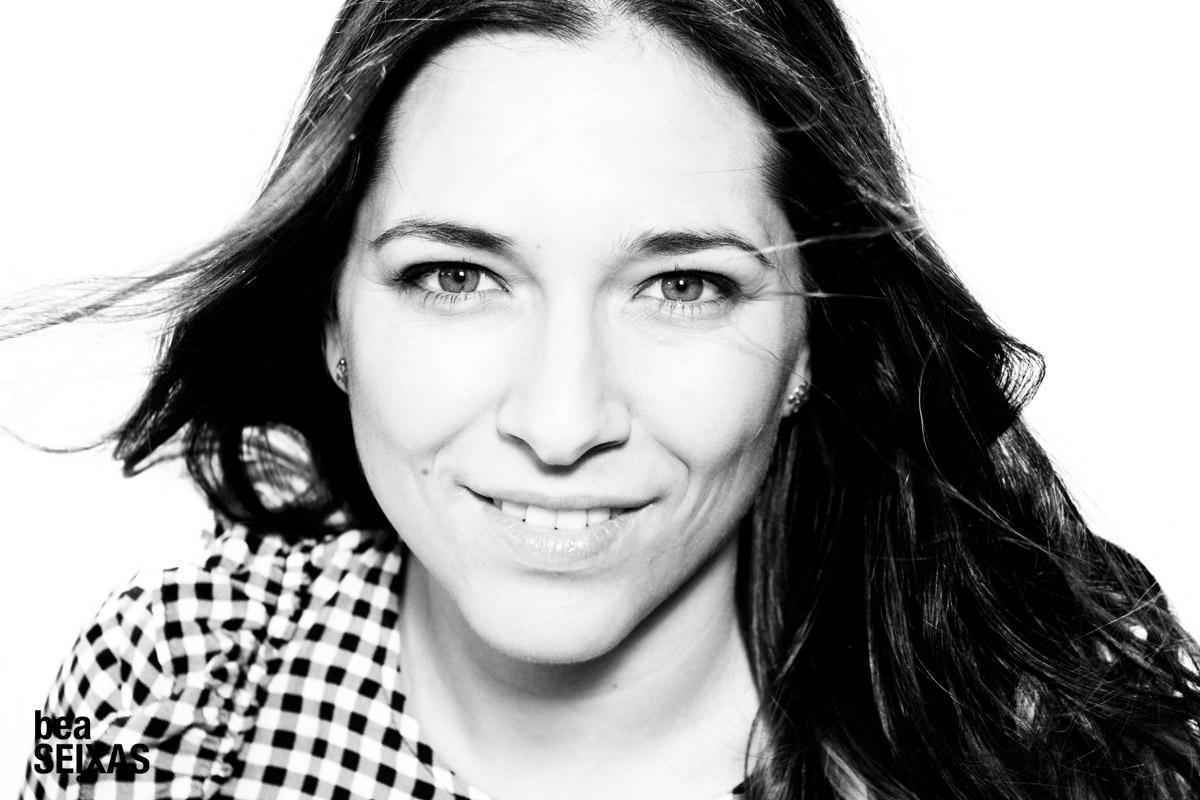 Retratos de actores para la Escuela de Ficción de VOZ Audiovisual. Fotografía de estudio realizada por Bea López Seijas